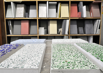architectural concrete with coloured aggregates (photo: BetonBild)