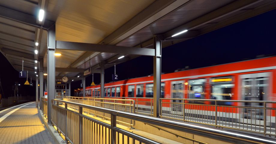 Platform roofs made by Hering